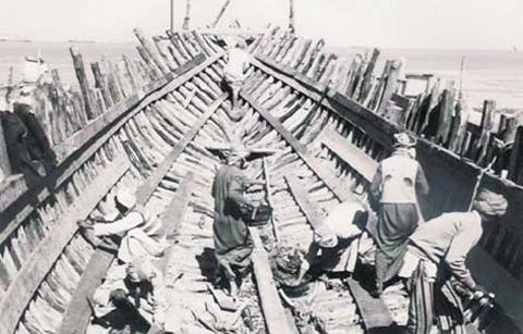 wooden-ship