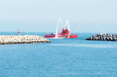 fire-extinguish-boat