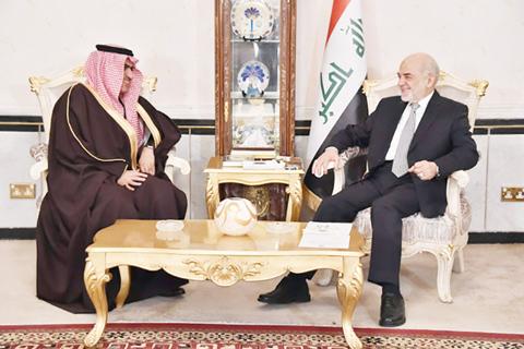 BAGHDAD: Iraqi Foreign Minister Ibrahim Al-Jaafari (right) meets the new Saudi Ambassador to Iraq Thamer Al-Sabhan in the Iraqi capital in this Jan 14, 2016 file photo. - AFP