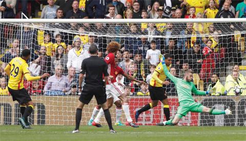 Man United lose third-straight match of the season
