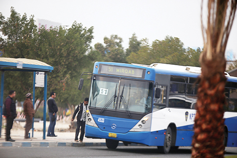 Public transport best solution for traffic problem: official