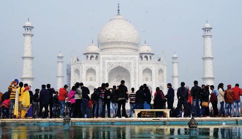 India Limits Visitors To Save Taj Mahal Kuwait Times